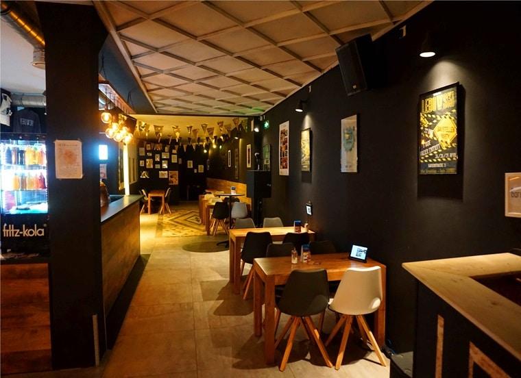 caf bar club hier findet ihr eine neue top location in karlsruhe. Black Bedroom Furniture Sets. Home Design Ideas