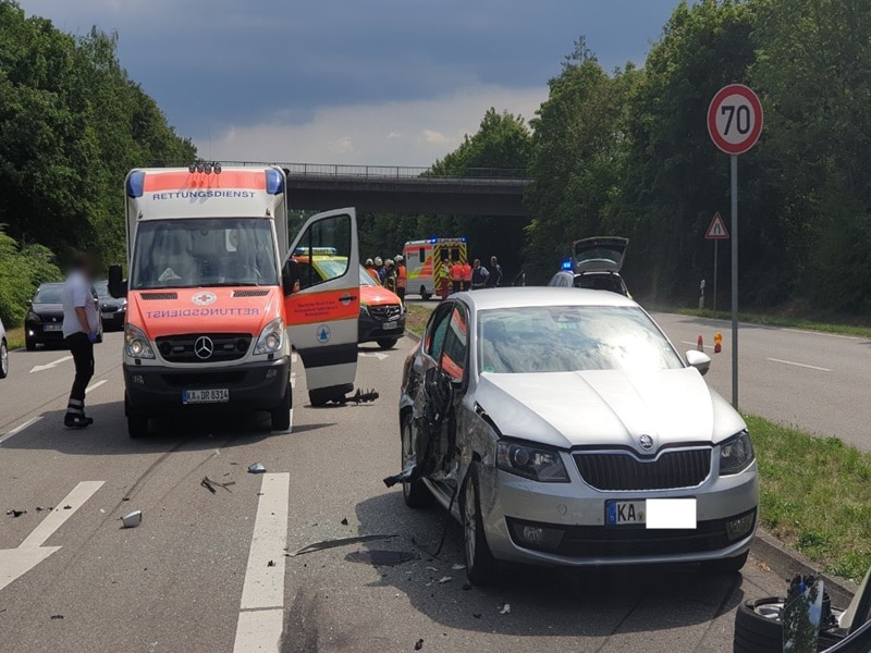 Unfall Karlsruhe Gestern