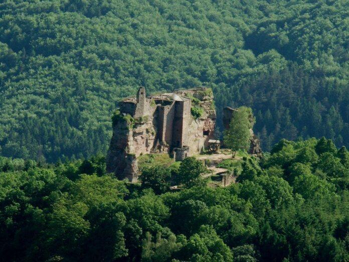 Die Burg Fleckenstein im Elsass