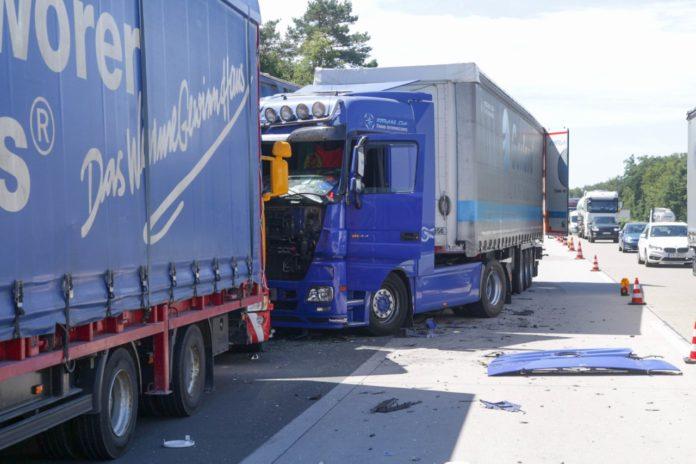 Lkw Unfall A5 Karlsruhe