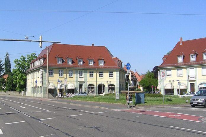 Der Ostendorfplatz im schönen Rüppurr