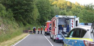 Unfall auf Landstraße mit verletzten