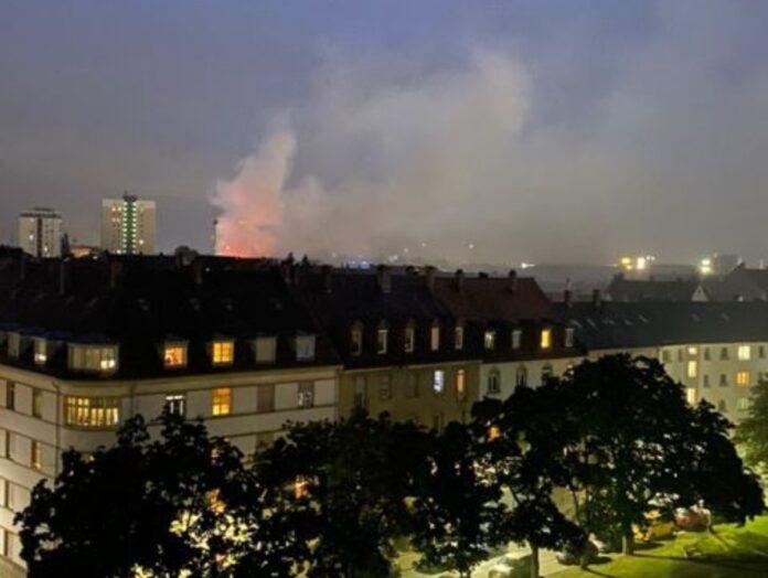 Feuer in Karlsruhe ausgebrochen