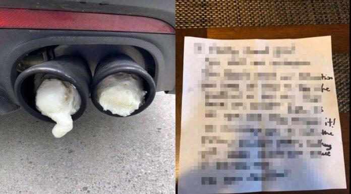 Auto Zettel hinterlegt
